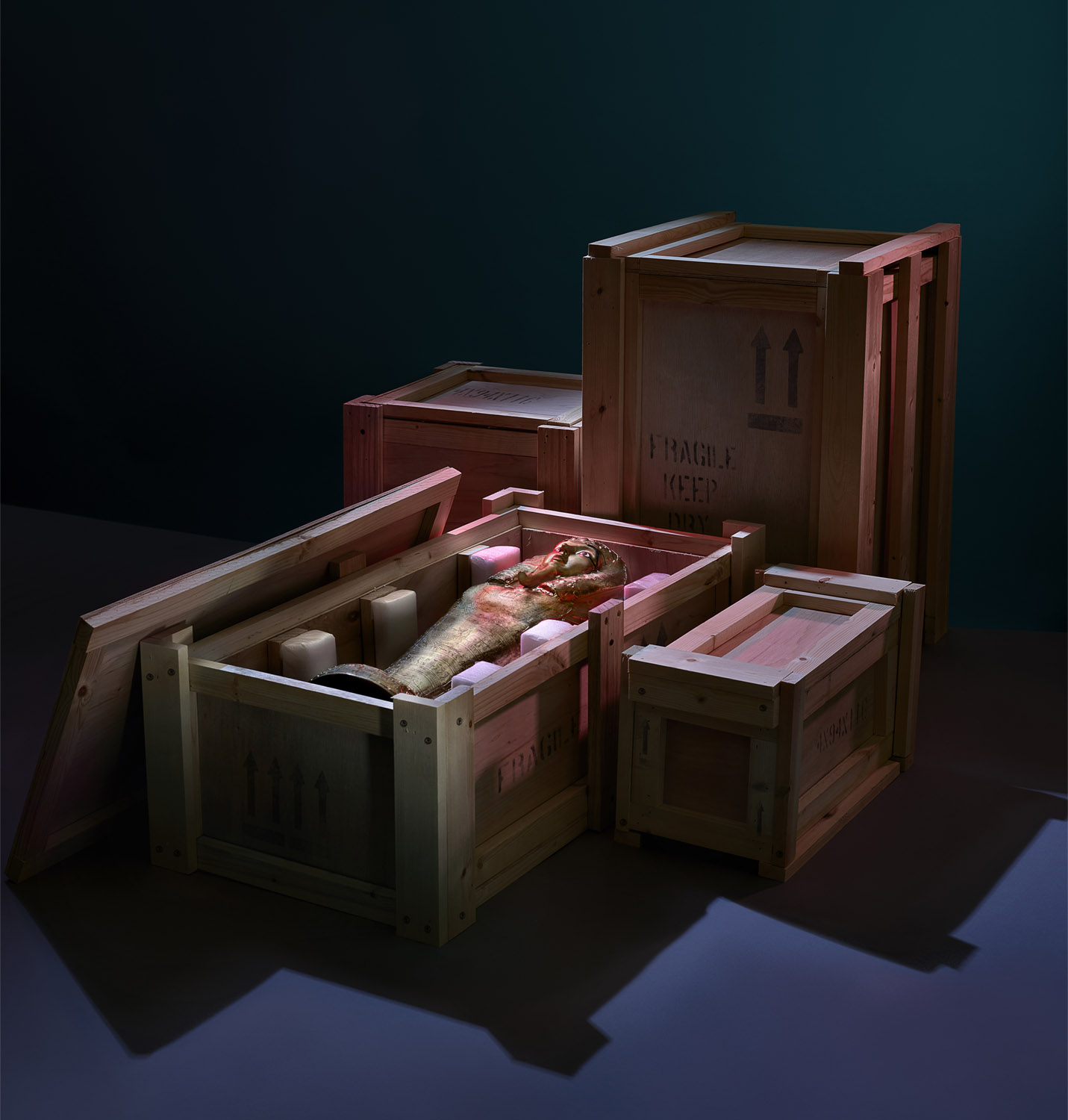 Departures_Crate_Mummy_2